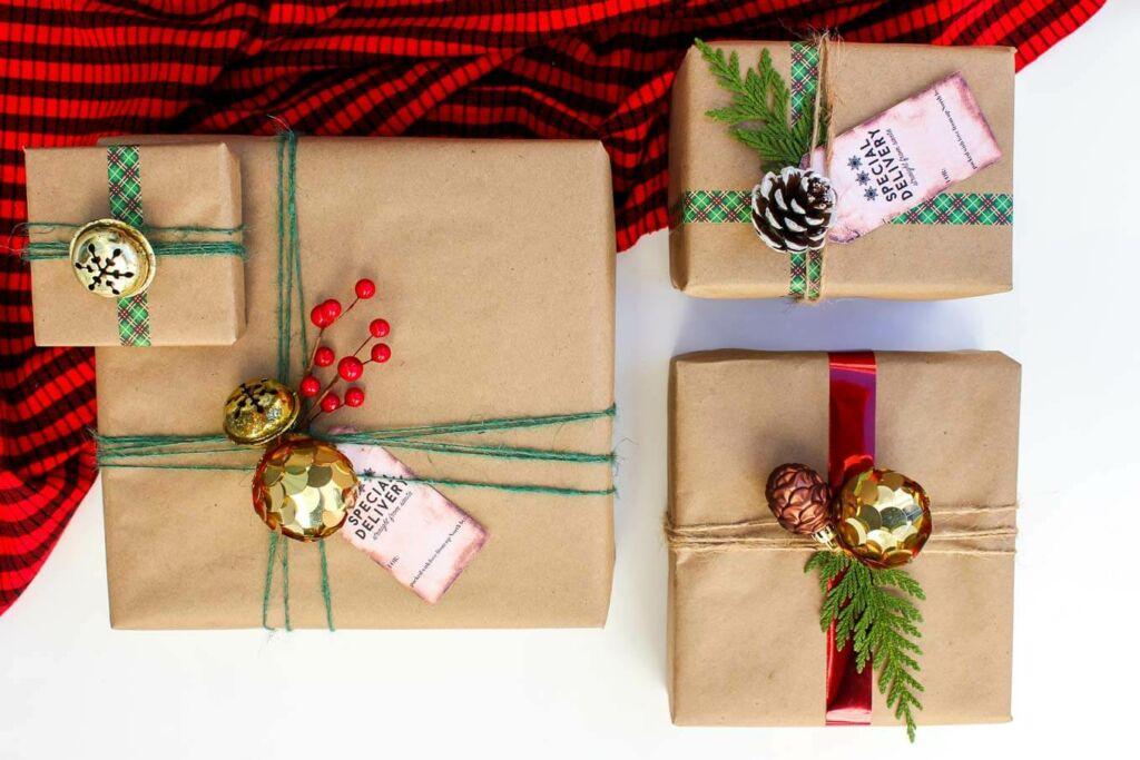 Clear & Simple, SEE IT. MAP IT. DO IT., Simplify Your Home, Simplify Your Holidays, Wrapping Paper
